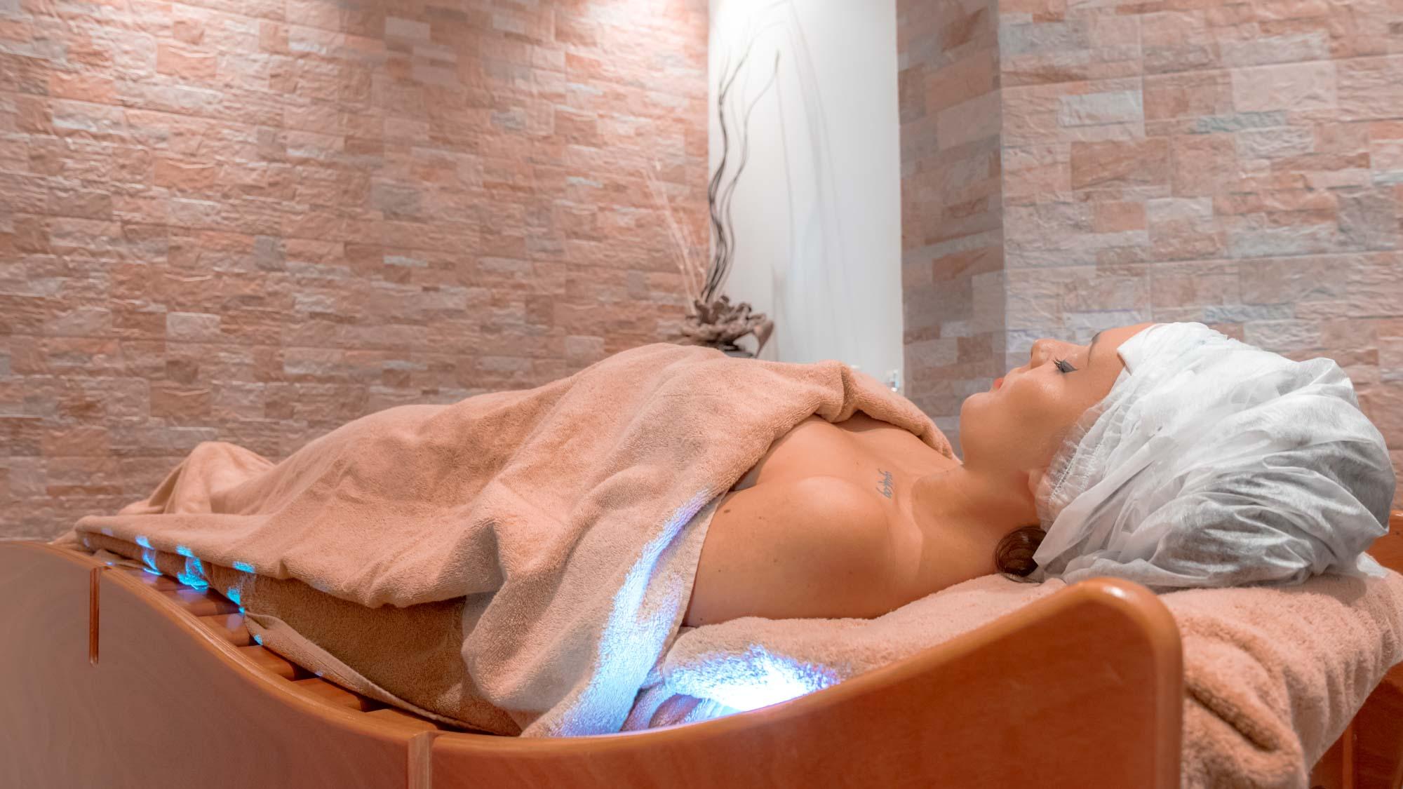 Donna In trattamento corpo